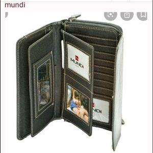 Mundi My Big Fat Wallet